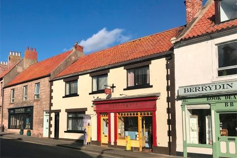 3 bedroom terraced house for sale - Self-contained House, Restaurant and Takeaway, 20-24 Castlegate, Berwick-upon-Tweed, Northumberland