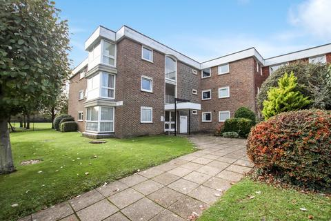 2 bedroom ground floor flat - Meadowside Court, Goring Street, BN12 5AJ