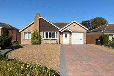 2 bedroom detached bungalow for sale - Beechwood Avenue, Melton Mowbray
