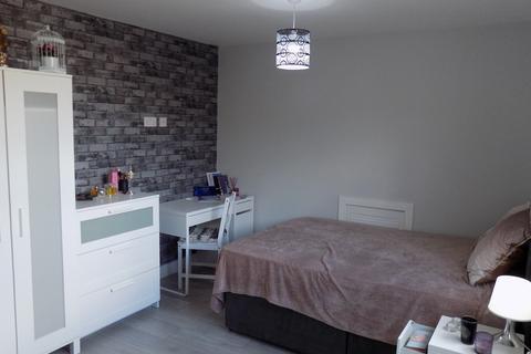Studio to rent - Ashburnham Road, Luton, Bedfordshire, LU1