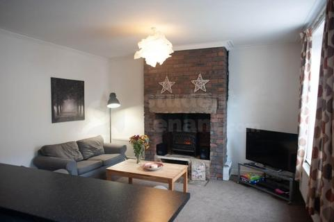 6 bedroom house share to rent - Clement Street