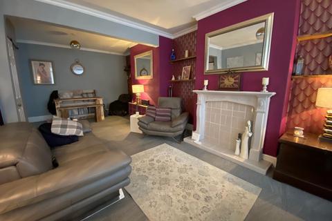 2 bedroom terraced house to rent - Graham Avenue , Hull HU4