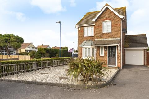 3 bedroom detached house for sale - Grafton Road, Selsey, PO20
