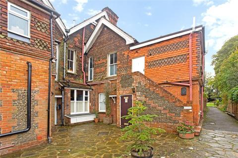 1 bedroom apartment for sale - Hogs Back, Seale, Farnham, Surrey, GU10