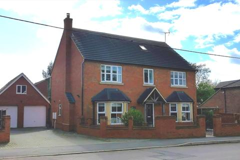 5 bedroom detached house for sale - Irchester Road, Wollaston, Northamptonshire, NN297RP