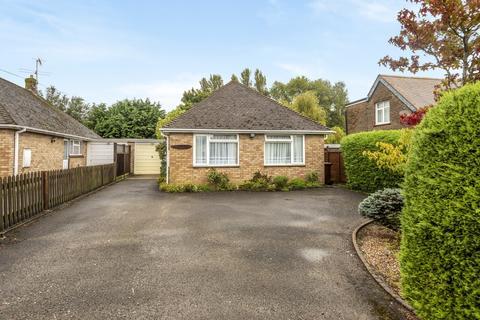 3 bedroom detached bungalow for sale - Park Road, Barnham, PO22