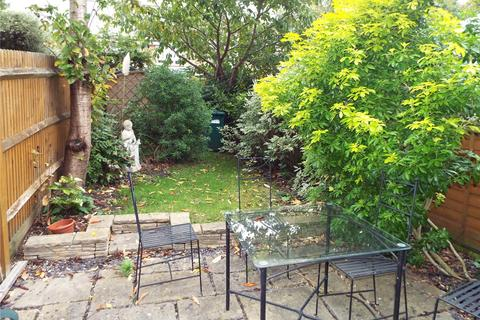 2 bedroom end of terrace house to rent - Earl Close, Barnet, N11