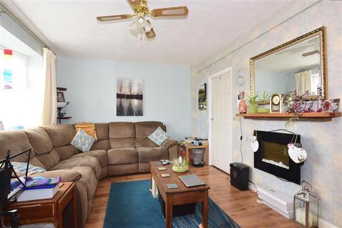 3 bedroom semi-detached house for sale - Windward Road, Rochester, Kent