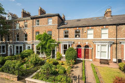 3 bedroom terraced house for sale - New Walk Terrace, York, YO10