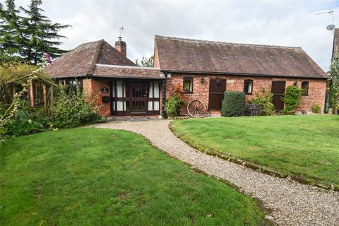3 bedroom bungalow for sale - Buntsford Hill, Stoke Heath, Bromsgrove, B60