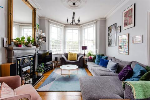 3 bedroom terraced house for sale - Kirkstall Avenue, London, N17