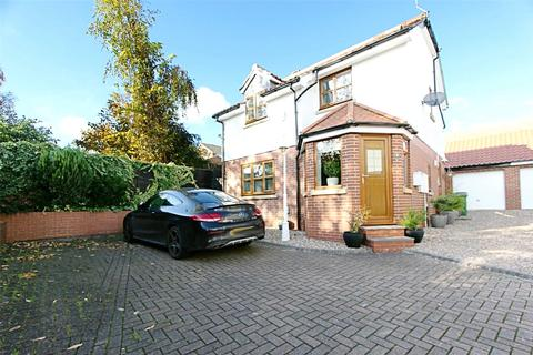 3 bedroom detached house for sale - Spire View, Hessle, HU13