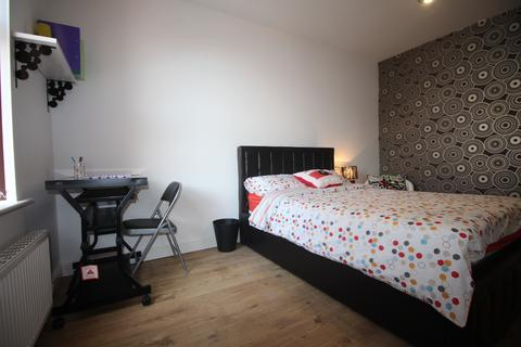 7 bedroom terraced house to rent - 4 Riga Road