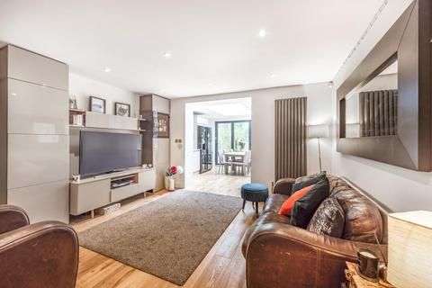 3 bedroom flat for sale - Christchurch Road, Crouch End
