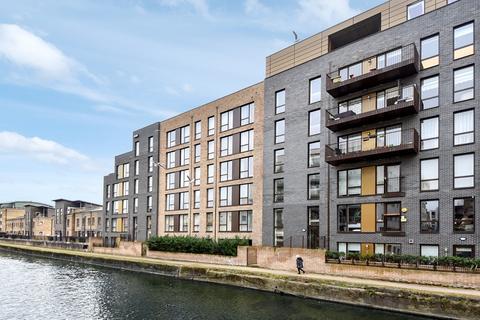 2 bedroom flat for sale - Harrold Court, Poplar E14