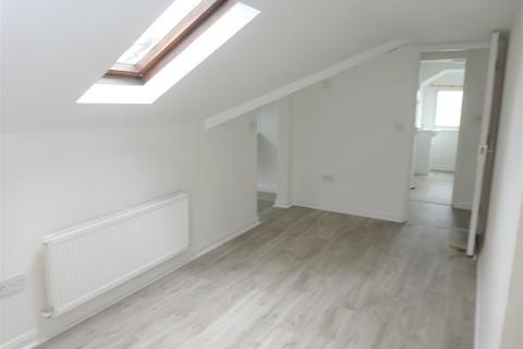 1 bedroom flat to rent - Ham Road, Selden