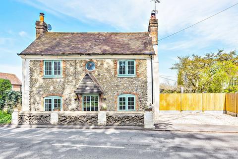 3 bedroom cottage for sale - Hollyhock House, Park Corner, RG9 6DR