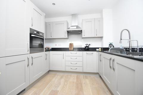 2 bedroom apartment for sale - The Causeway, Great Baddow, CM2 7FR