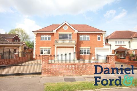 7 bedroom detached house to rent - Parkgate Crescent EN4