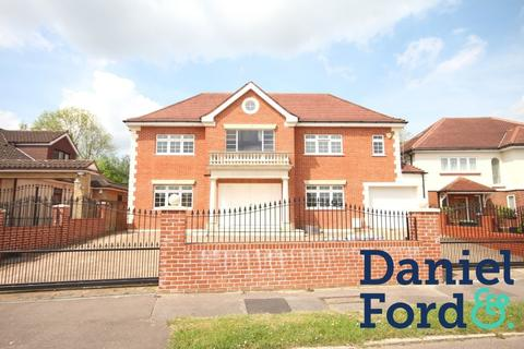 7 bedroom detached house to rent - Parkgate Crescent EN4