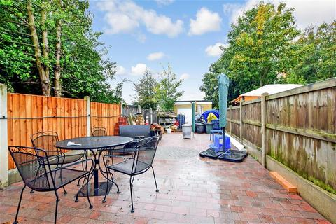 4 bedroom semi-detached house for sale - High Street, Hornchurch, Essex