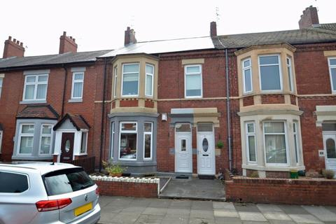 3 bedroom apartment for sale - Bamborough Terrace, North Shields