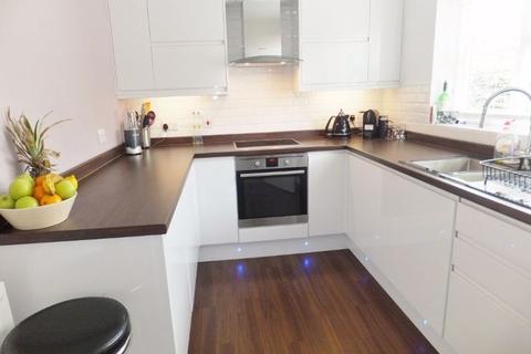 3 bedroom semi-detached house to rent - Bethel Road, Sevenoaks TN13 3UE