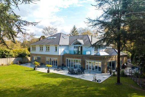 5 bedroom detached house for sale - Avon Avenue, Ringwood, BH24