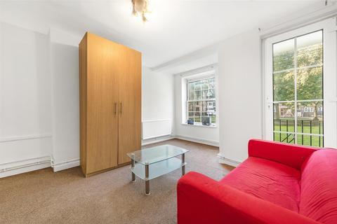3 bedroom flat to rent - Dartington House, Larkhall Lane, Clapham, London