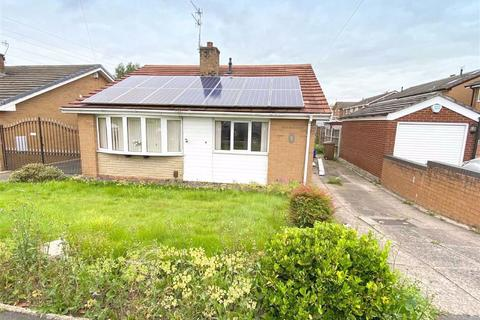 3 bedroom detached bungalow for sale - Caistor Close, Milton, Staffordshire