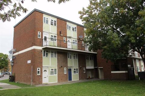 2 bedroom apartment to rent - Swan Road, Southall, Middlesex