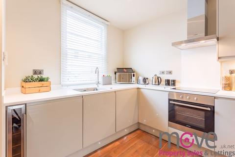 3 bedroom terraced house to rent - Moorend Street, Cheltenham