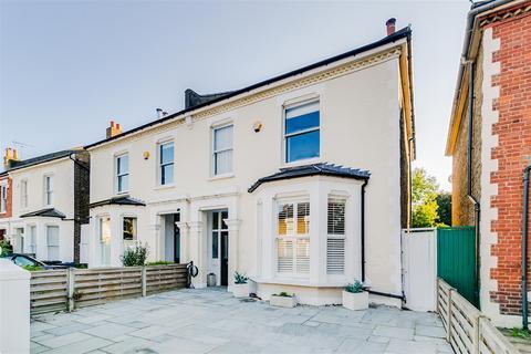 4 bedroom semi-detached house for sale - Heathfield Gardens, London, W4