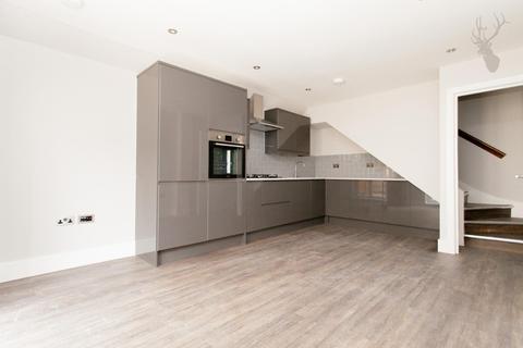 2 bedroom flat for sale - Roman Road, London