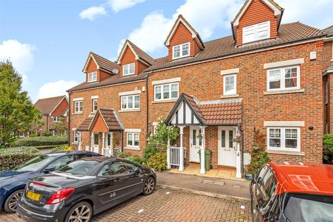 3 bedroom terraced house for sale - Fawcett Close, London, SW16