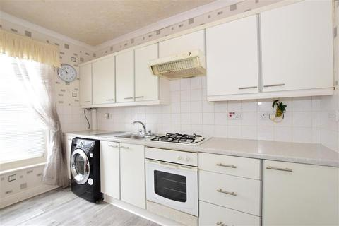3 bedroom apartment for sale - Dundonald Road, Broadstairs, Kent