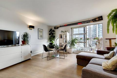 2 bedroom flat for sale - Westferry Road, London, E14