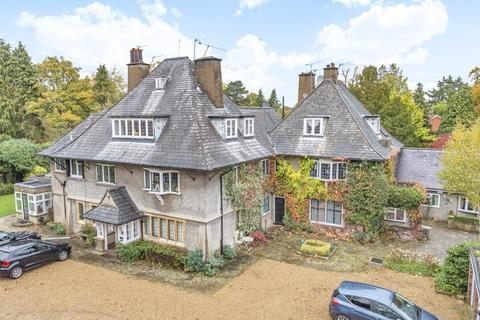 2 bedroom flat for sale - Stoke Poges,  Buckinghamshire,  SL2