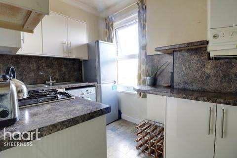 1 bedroom flat for sale - Winstanley Road, Kent