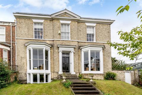 5 bedroom end of terrace house for sale - Mount Terrace, York, YO24