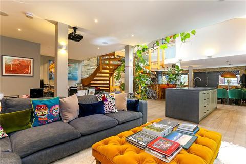 2 bedroom flat for sale - Ruthven Street, South Hackney, London, E9