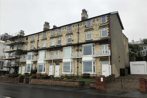 2 bedroom apartment for sale - The Beach, Filey