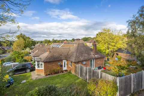 3 bedroom detached house for sale - Delves Avenue, Tunbridge Wells