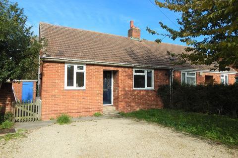 2 bedroom semi-detached bungalow to rent - Botley