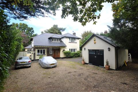 5 bedroom detached house to rent - Portsmouth Road, Camberley, Surrey, GU15
