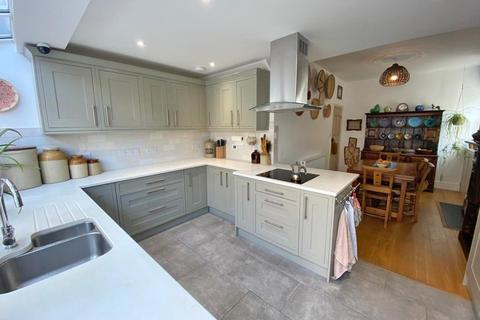 4 bedroom end of terrace house for sale - Exeter, Devon