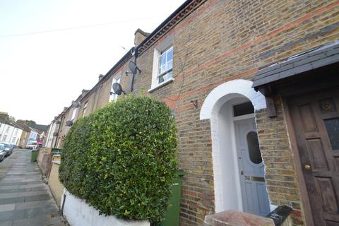 3 bedroom terraced house to rent - Admaston Road, London