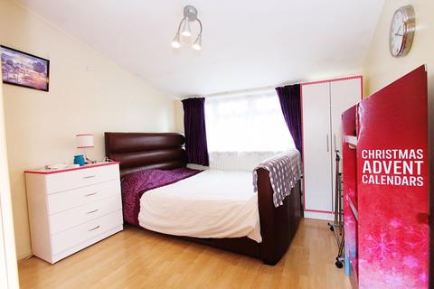 1 bedroom house share to rent - double room in Northolt