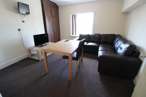 3 bedroom apartment to rent - Fishergate Hill Top Floor, PRESTON, Lancashire PR1 8JD