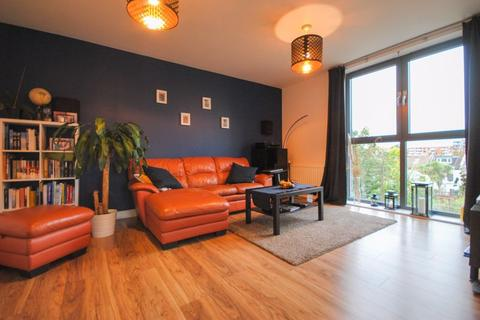 2 bedroom apartment for sale - Isobel Place N15